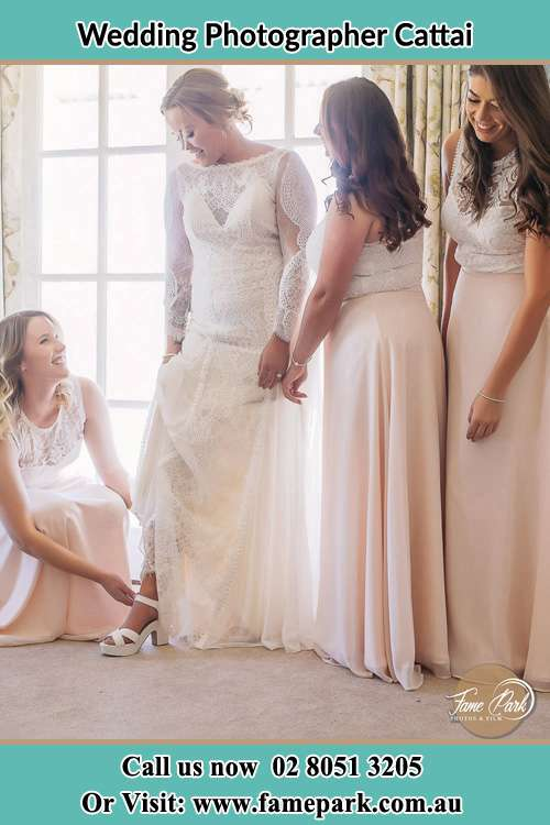 Photo of the Bride and the bridesmaids preparing Cattai NSW 2756
