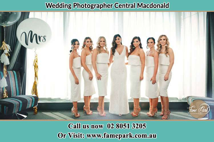 Photo of the Bride and the bridesmaids Central Macdonald NSW 2775