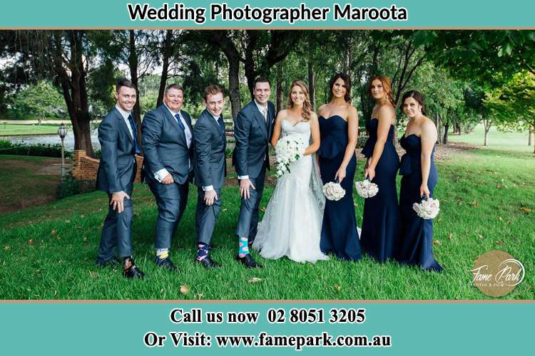 Photo of the Groom and the Bride with the entourage Maroota NSW 2756